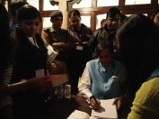"Shashi Tharoor doing book signings of ""Why I am a Hindu"""